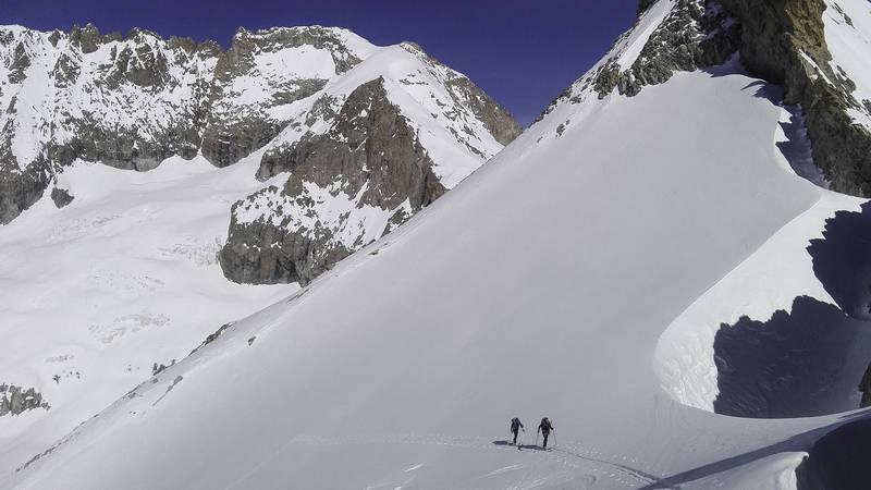 Ski de rando travers%c3%a9e replat b%c3%a9rarde