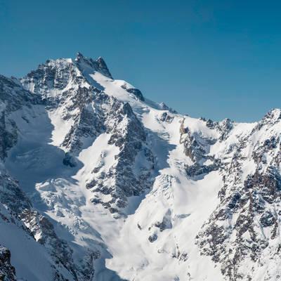 Ski de rando tours de la meije vue glacier de l'homme